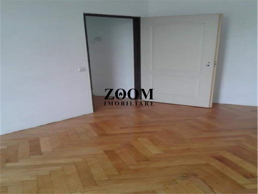Apartament 3 camere,  53 mp, Semicentral