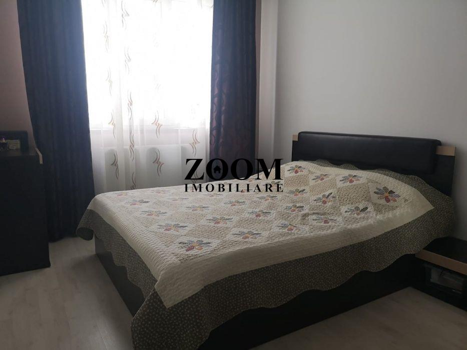 Apartament 3 camere, 60 mp, zona Vivo