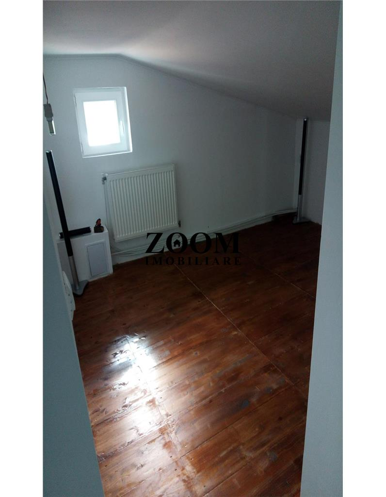 Apartament 4 camere, 100 mp, Floresti