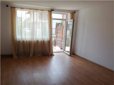 Apartament 3 camere, 59 mp, Floresti