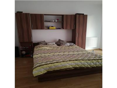Apartament o camera, 34 mp, Floresti