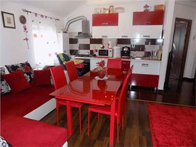 Apartament 3 camere, 56mp, Floresti