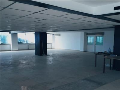 Spatiu comercial, 370 mp, Floresti