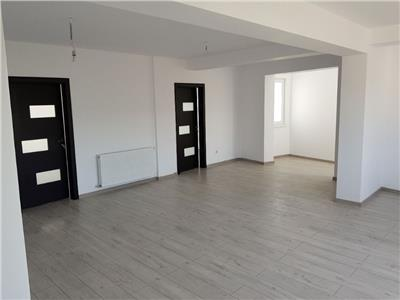 Apartament 3 camere, 80 mp, Floresti
