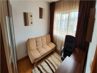 Apartament 3 camere, 56 mp, Central
