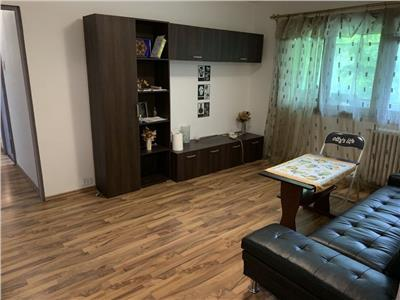 Apartament 3 camere, 52 mp, Manastur
